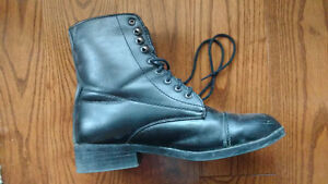 Women's Saxon black boots with laces, size 8