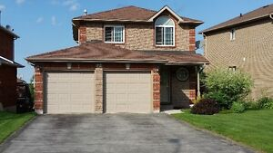 Fantastic 2 Storey Home in North Barrie