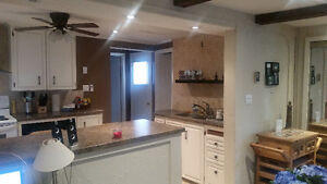 Spacious 1-Bedroom House by McMaster University