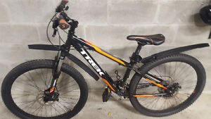 very new Trek mountain bike OBO