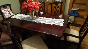 Cherry wood dinning room table and 6 chairs Peterborough Peterborough Area image 2