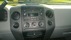 PRICED TO SELL 2006 Ford F-150 Pickup Truck St. John's Newfoundland image 10