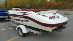 SEA DOO CHALLENGER 1800 TWIN 781 CC BOMBARDIERS TRAILER INCLUDED