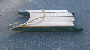 Old fashion sled and hitch