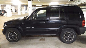 2004 Jeep Liberty Sport 4X4 SUV, Crossover