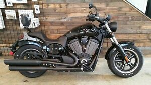 2013 Victory Judge Gloss Black