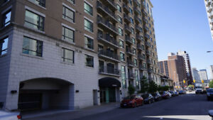 2 BEDROOMS DOWNTOWN . CLOSE TO EVERYTHING . SHOPPING, OTTAWA U