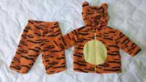 Tigger outfit/costume (3 months) Kitchener / Waterloo Kitchener Area image 1
