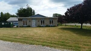 Great Location just off of the 401