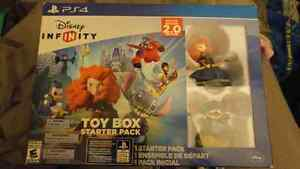 PS4 Disney Infinity Starter Cambridge Kitchener Area image 1