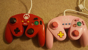 Wii U Fight Pad (Gamecube style) controllers -Mario/Peach