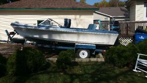 For sale big blue boat with big motor
