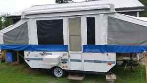 10 ft Rockwood tent trailer