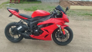 2010 NINJA ZX6R RED MINT LOW KMS