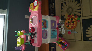 Fisher Price 2 Step Kitchen