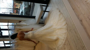 Wedding Dress size 10 like new!