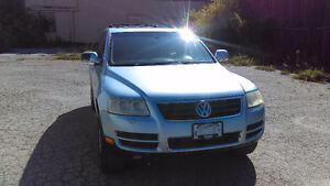 2004 Volkswagen Touareg V8 SUV in good condition - $3900