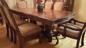 Dining Table Set with Buffet. West Island Greater Montréal image 5
