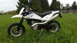 Husqvarna SMS 630 2011 **new top end**