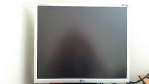 LG 1952T monitor in excellent shape