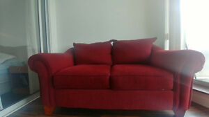 Loveseat red- great condition