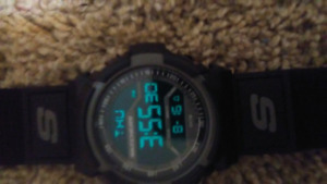 New Sketchers Digital Watch