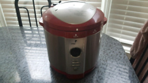 WOLFGANG PUCK AUTO PRESSURE COOKER FOR SALE! WORKS GREAT!