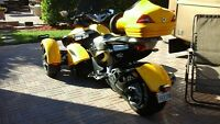 Can-Am Spyder tres propre.
