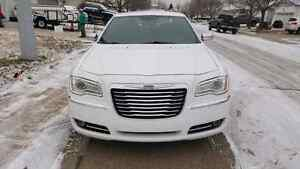 2011 Chrysler 300 Limited edition. Asking $17,500.00 Strathcona County Edmonton Area image 3