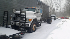1999 ford f700