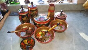 Spectacular vintage set of Russian Khokhloma hand-painted wooden West Island Greater Montréal image 1