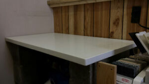White Quartz top using as Desk top, Tv Stand many other things.. London Ontario image 2