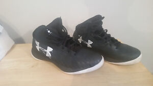 Mens Under armour basket ball shoes