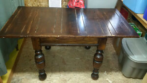 Antique dinner table and chairs (4)