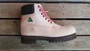 Tomboy Trades Women's Safety Boots . . .size 10