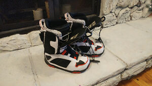 Sims snowboard  boots.     Boys size 6 Prince George British Columbia image 1
