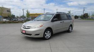 2007 Toyota Sienna, Automati, 7 Pass, Lowkm ,3/Ywarranty availab