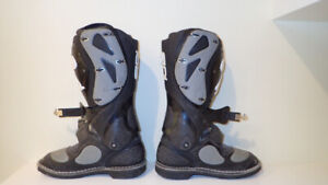 SIDI Motorcycle Boots Full Height (Used Condition)