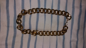 Gold heavy belcher necklace