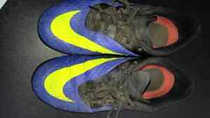 Youth Soccer shoes Stratford Kitchener Area image 3