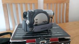 Dvd/so card video recorder