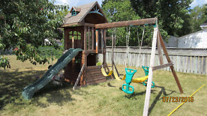 Clubhouse Swing Set - Play Set