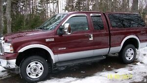 2007 Ford F-250 Upgraded XLT Pickup Truck