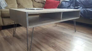 Modern coffee table with hairpin legs
