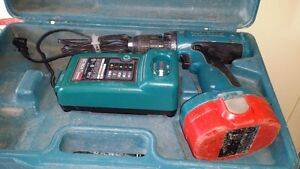 Perceuse a batterie Makita
