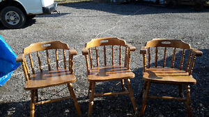VINTAGE RAILWAY STATION CHAIRS London Ontario image 1