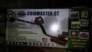Whites Coin Master GT Detector