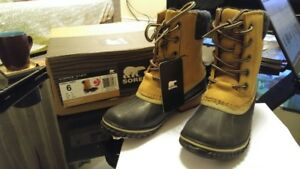 Brand New Sorel Slimpack II Lace Winter Boot Size 6