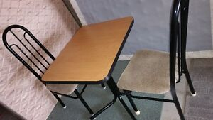 small dining table and 2 chairs delivery included