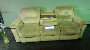 BLOW OUT SALE ON SOFAS!!!